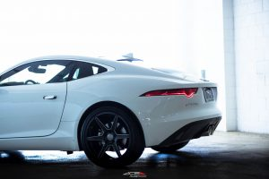 ACE_FLOWFORM_AFF06_V006_GLOSS_BLACK_MILLED_JAGUAR_F_TYPE-6