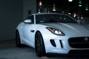 ACE_FLOWFORM_AFF06_V006_GLOSS_BLACK_MILLED_JAGUAR_F_TYPE-8